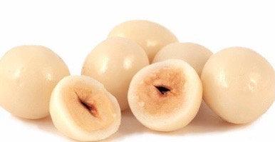 Yoghurt Coated Hazelnuts 100g