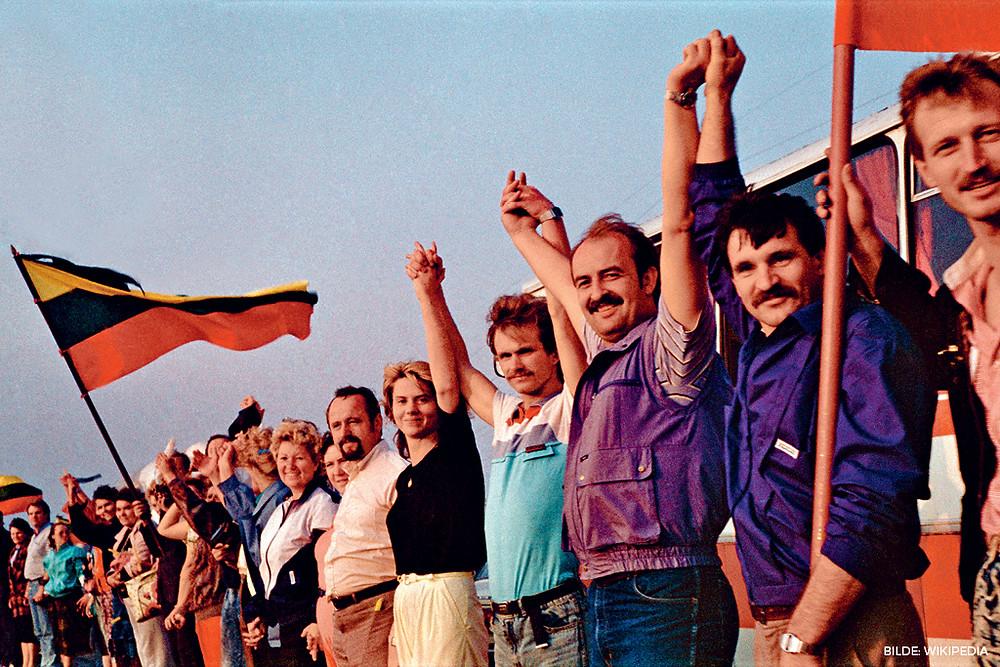 I 1989 laget mellom en og to millioner mennesker en levende lenke fra Tallinn til Vilnius, for å protestere mot Sovjetunionens okkupasjon av de baltiske statene.