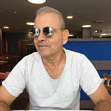 תמונה של דודו גולן לאתר.jpg