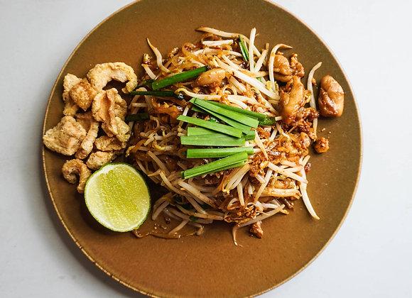 Pat Mee Khorat with Chicken/Tofu