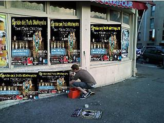 Pose d'Affiche de la Corrida :               RDV 14h le samedi 10 déc place de la Mairie de La M