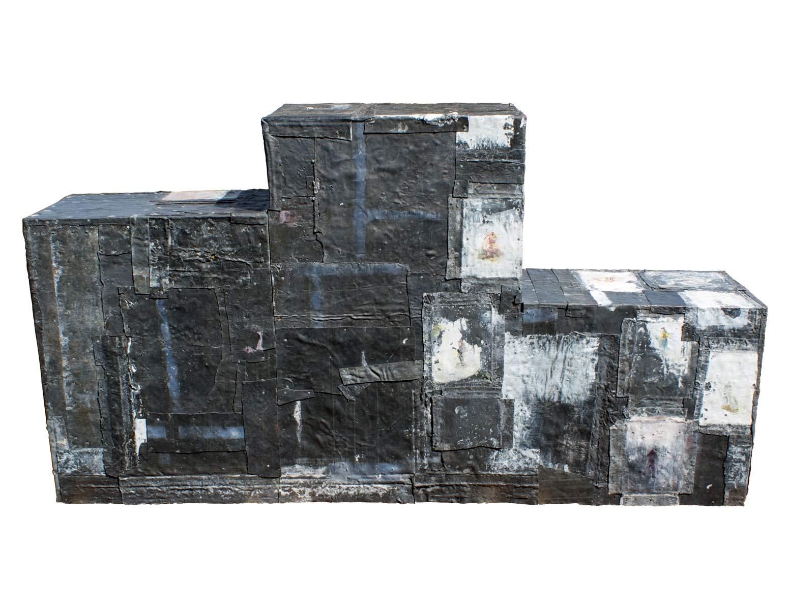 tit-165.-plomo-oleo-y-madera.-304x165x61-cm.-2009
