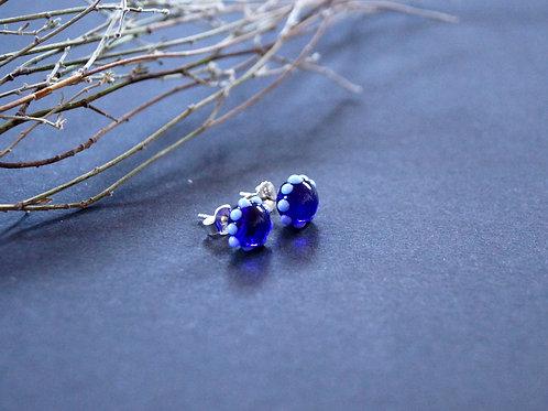 Ohrstecker dunkelblau mit Püncktchen