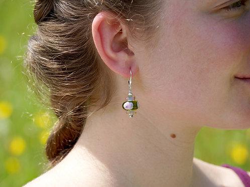 Ohrhänger grün mit Röschen