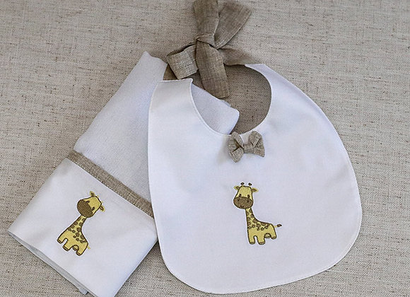 Kit - Pano de Boca e Babador com Bordado de Girafinha