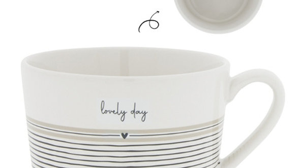 Cup White/Lovely Day 10 x8 x 7cm