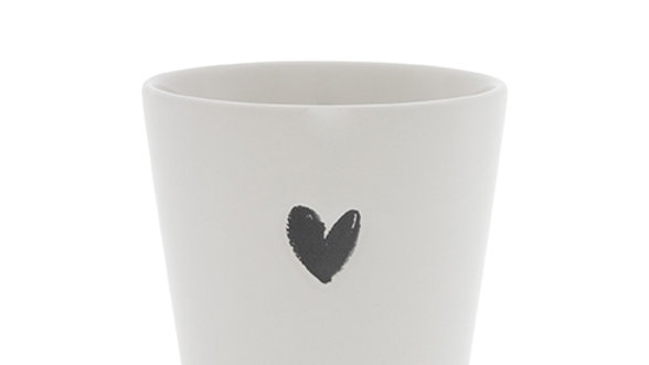 Cup White /Black heart 9x9x7.5cm