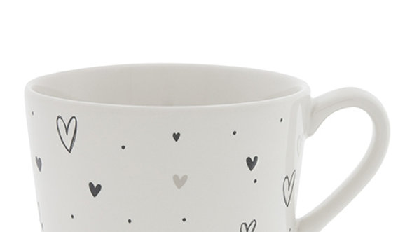 Cup White hearts overall 10x8x7cm