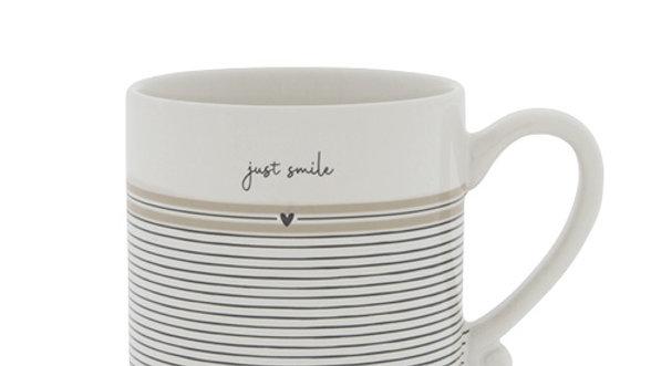 Mug White/Just Smile 8x7cm