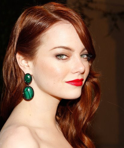Emma Stone Fair skin with cool red lip