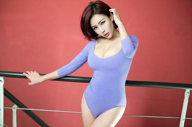 Photo Asian Babes: Super Hot AV Idol, Yua Aida