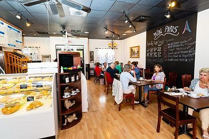 Indoor restaurant Mon Paris Coffee & Bakery Shop Breakfast Lunch Brunch Fort myers & Cape coral