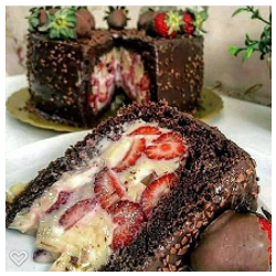 chocolate banana strawberry cake french bakery