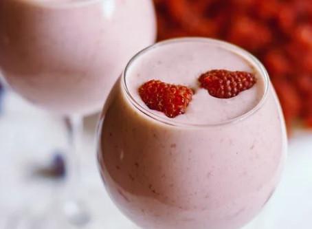 Protein-milkshake med vanille og hindbær