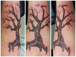 Custom Creepy Tree