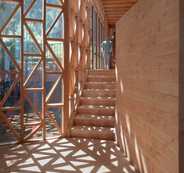 arquitectura freehand con madera