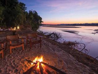 Zambezi-beach2-OP.jpg