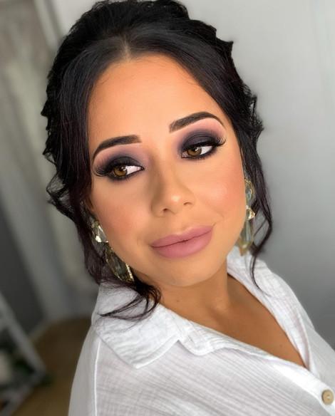 Bride Makeup 2_edited.jpg