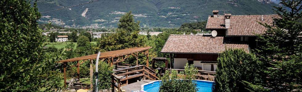 Casa, piscina, montagne