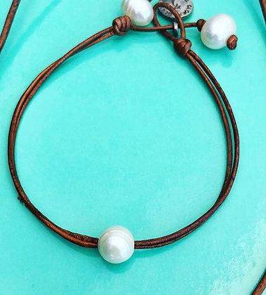 Single Pearl Slide Bracelet