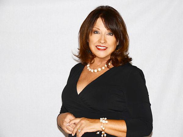 Donna Gray headshot #YvetteMonell 6616.j