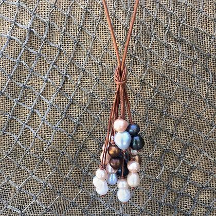 Hilo Bouquet Necklace