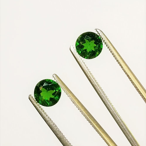 Chrome Diopside 2.08 cttw