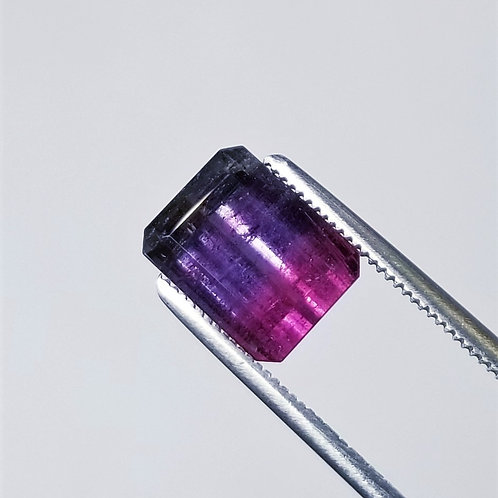 Parti-Color Tourmaline 5.37 ct
