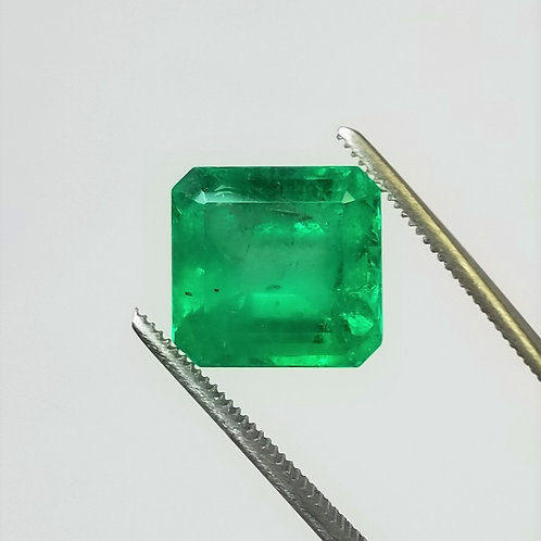 Emerald 8.61 ct
