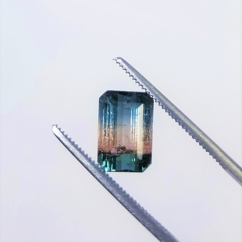 Parti-Color Tourmaline 3.87 ct