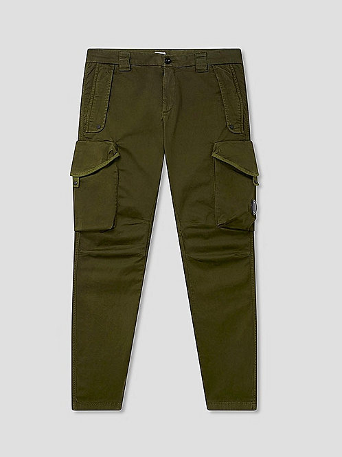 Garment Dyed Lens Utility Cargo Pants in Ivy Green