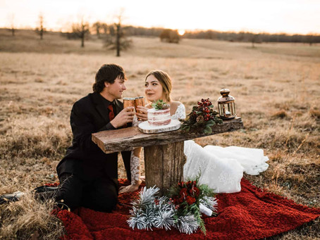 Pine Forest Christmas Styled Elopement // Oklahoma Elopement Photographer