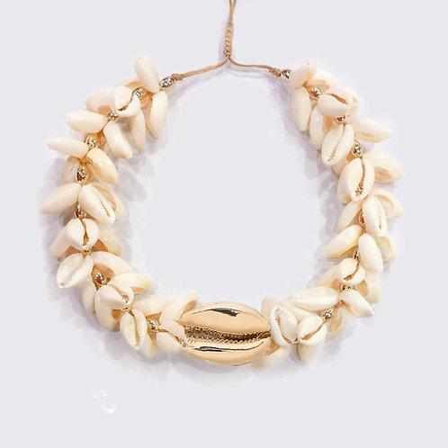 Amala Shell Necklace, Gold