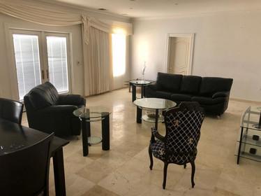 Bella Vista Private Suit - Living room