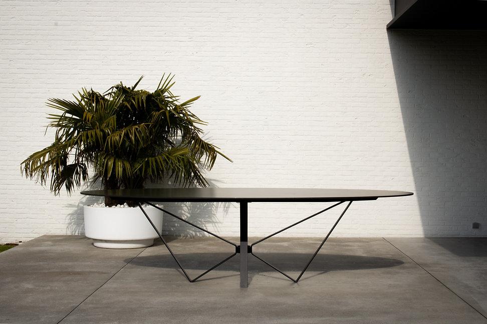 Papillon Design Table