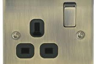 BG Nexus13A 1 Gang Switch Socket Antique Bronze / Black Insert