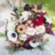 Loved this bouquet💫__katherinewilliamsphotography florals _jennifernealfloraldesigns _#mainewedding