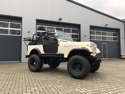 Jeep CJ7
