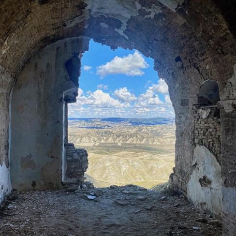 Village médiéval abandonné. Italie 2020.