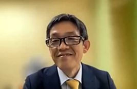 Dr.Inui.jpg