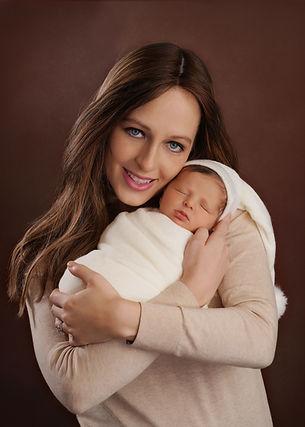 Monsey Newborn photographer Frum