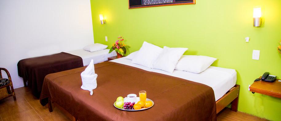 Suite Doble-Amazon Hotel Iquitos.jpg