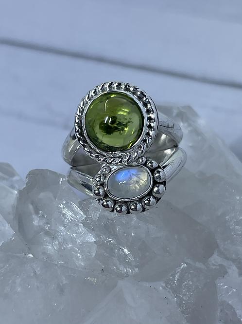 Peridot & Moonstone Ring