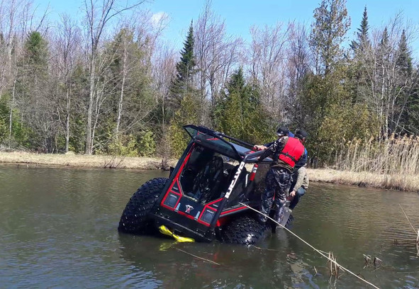 Amphibious%20ATV%20Patrol%20floats%20goo