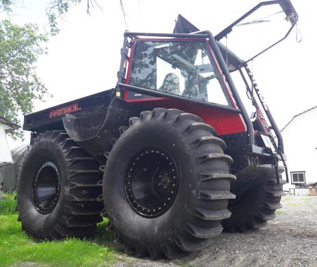 Pallet tires- ready for swamp!.jpg