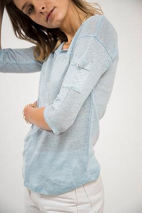 T-Shirt col échancré bleu ciel