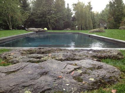 Contour de piscine
