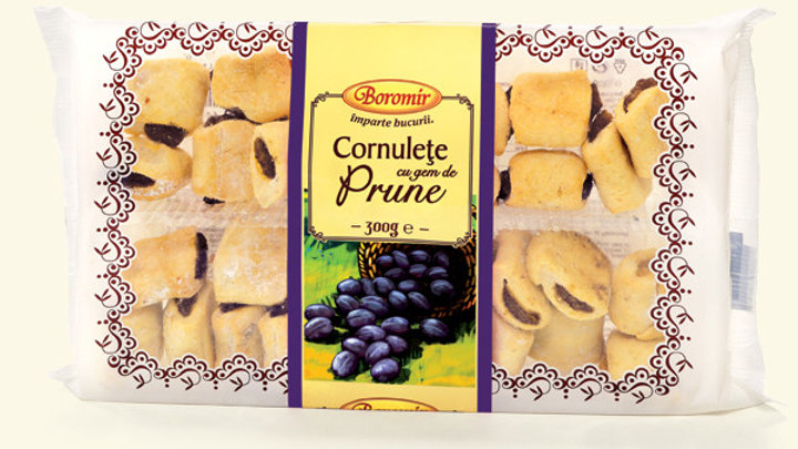 Shortbread dough with plum and nut filling / Cornulete cu Prune si Nuca 300g