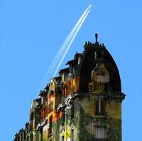 Flying over Haussmann. Paris