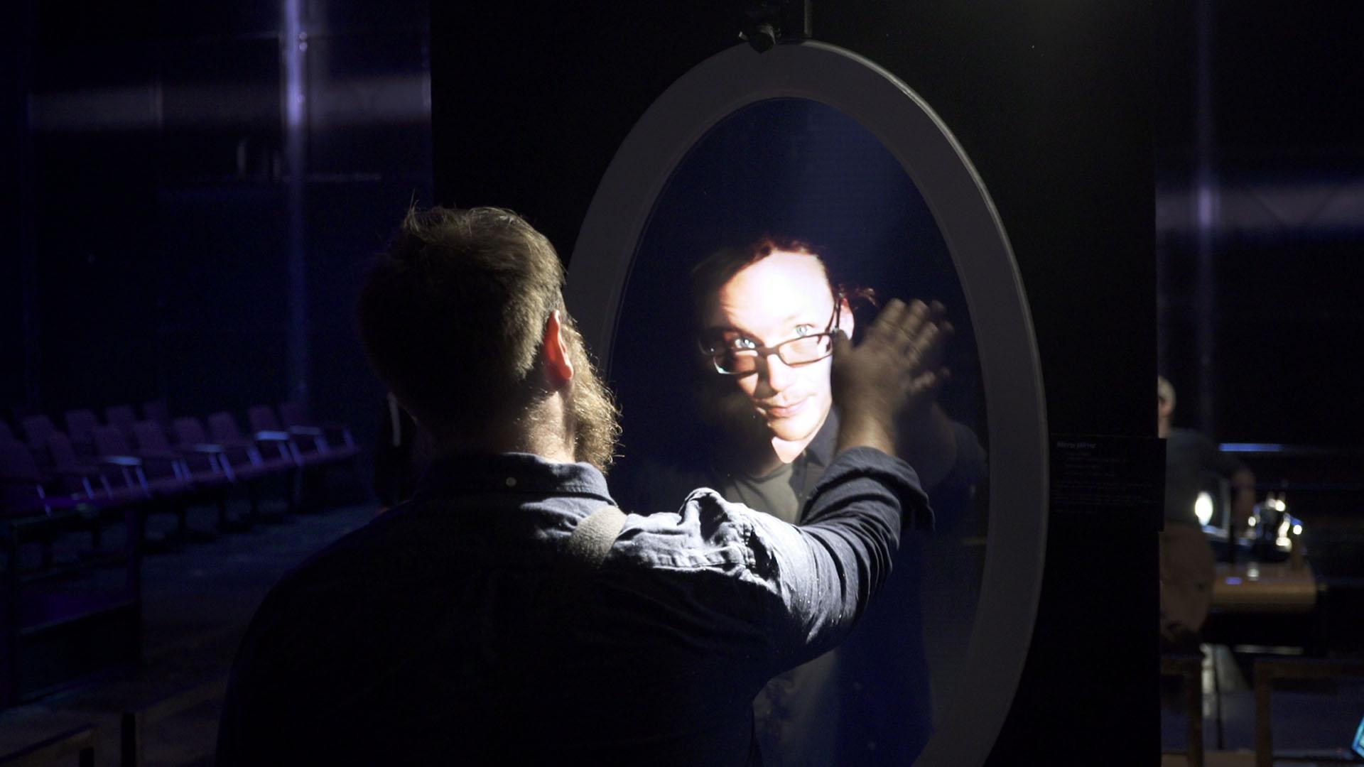 Mirror Still_1